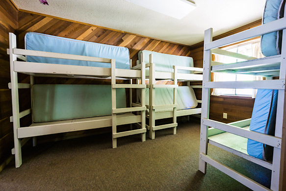 Cabin bunk areas hold between 4 and 6 people and can be separated